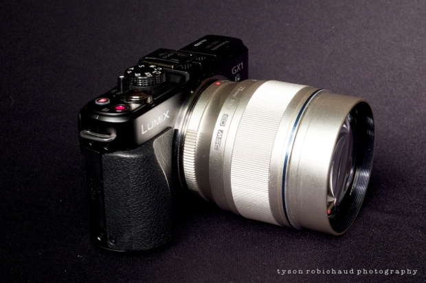 The difference between a big lens on the GX1