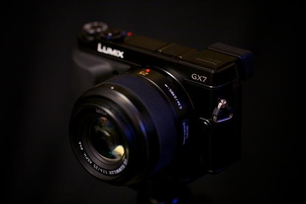 Panasonic GX7 and Leica 25