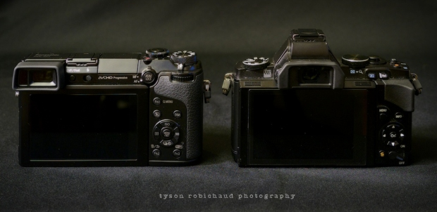 GX7 vs EM5 from the back