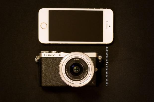 iPhone 5s vs Panasonic Lumix GM1