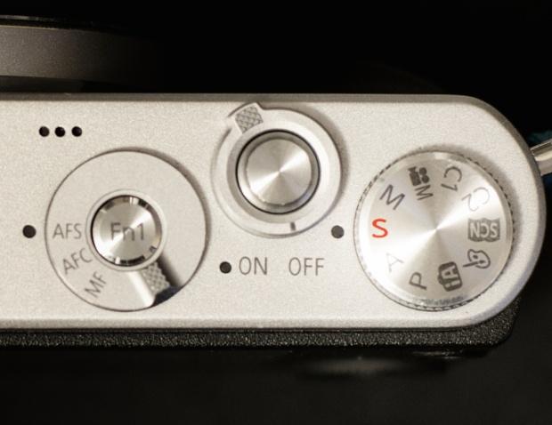 shutter speed priority