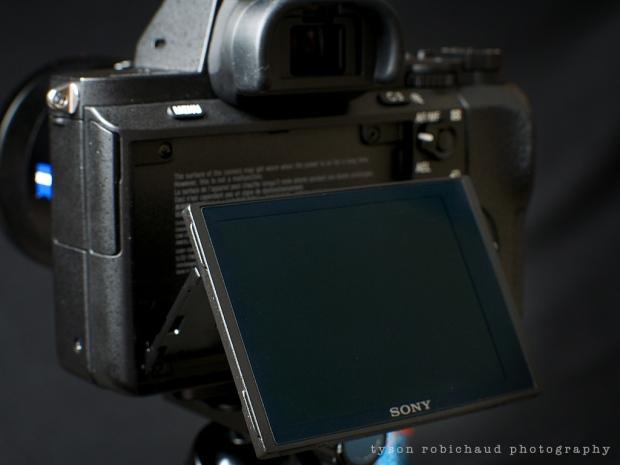 a7II tilting LCD