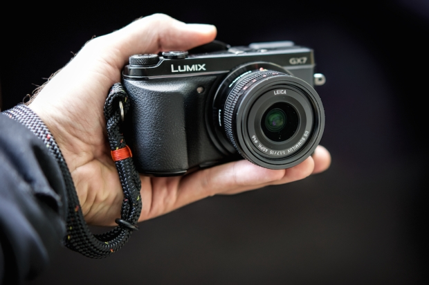 leica 15mm on sale!